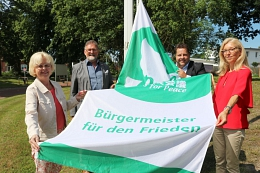 """""""Mayors for Peace"""" Flaggentag 2021©Gemeinde Weyhe"""